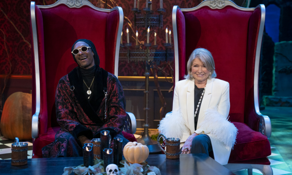 """Snoop Dogg and Martha Stewart Hosting """"Very Tasty Halloween"""" Competition Special on Peacock"""