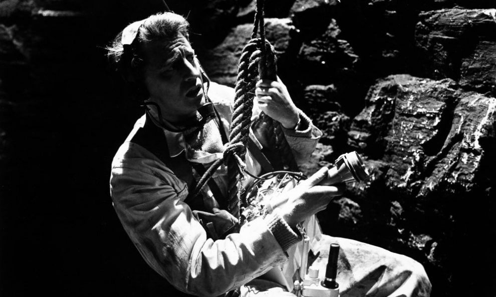 'X The Unknown' Was One of Hammer's More Interesting Tales of Disquieting Science [Hammer Factory]